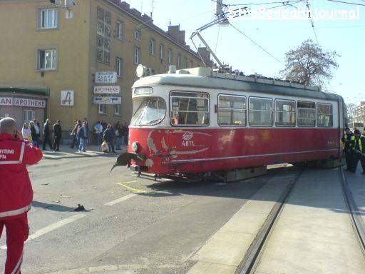 4811 Verkehrsunfall Erzherzog-Karl-Straße