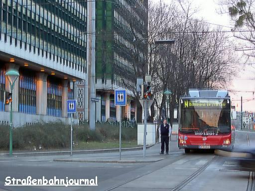 8411 Uraniastraße