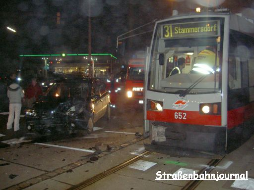 652 Verkehrsunfall