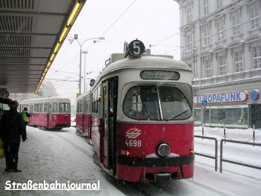 4698+1163 Westbahnhof
